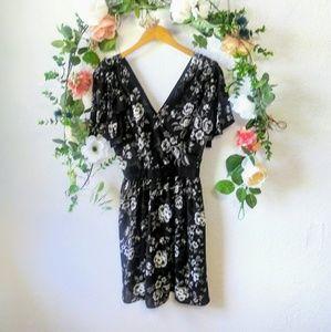 IMNYC Issac Mizrahi Black Camellia Dress